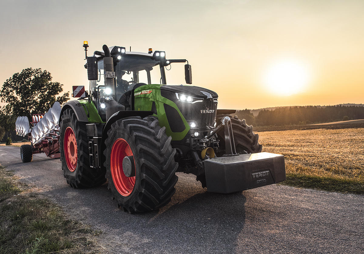 Fendt 900 Vario Tractor Of The Year